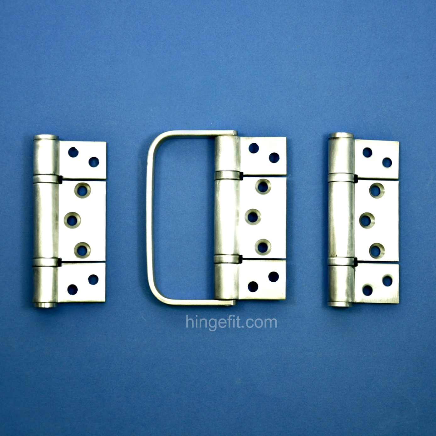 100mm Centre Profile Bifold Hinge Set With Handle